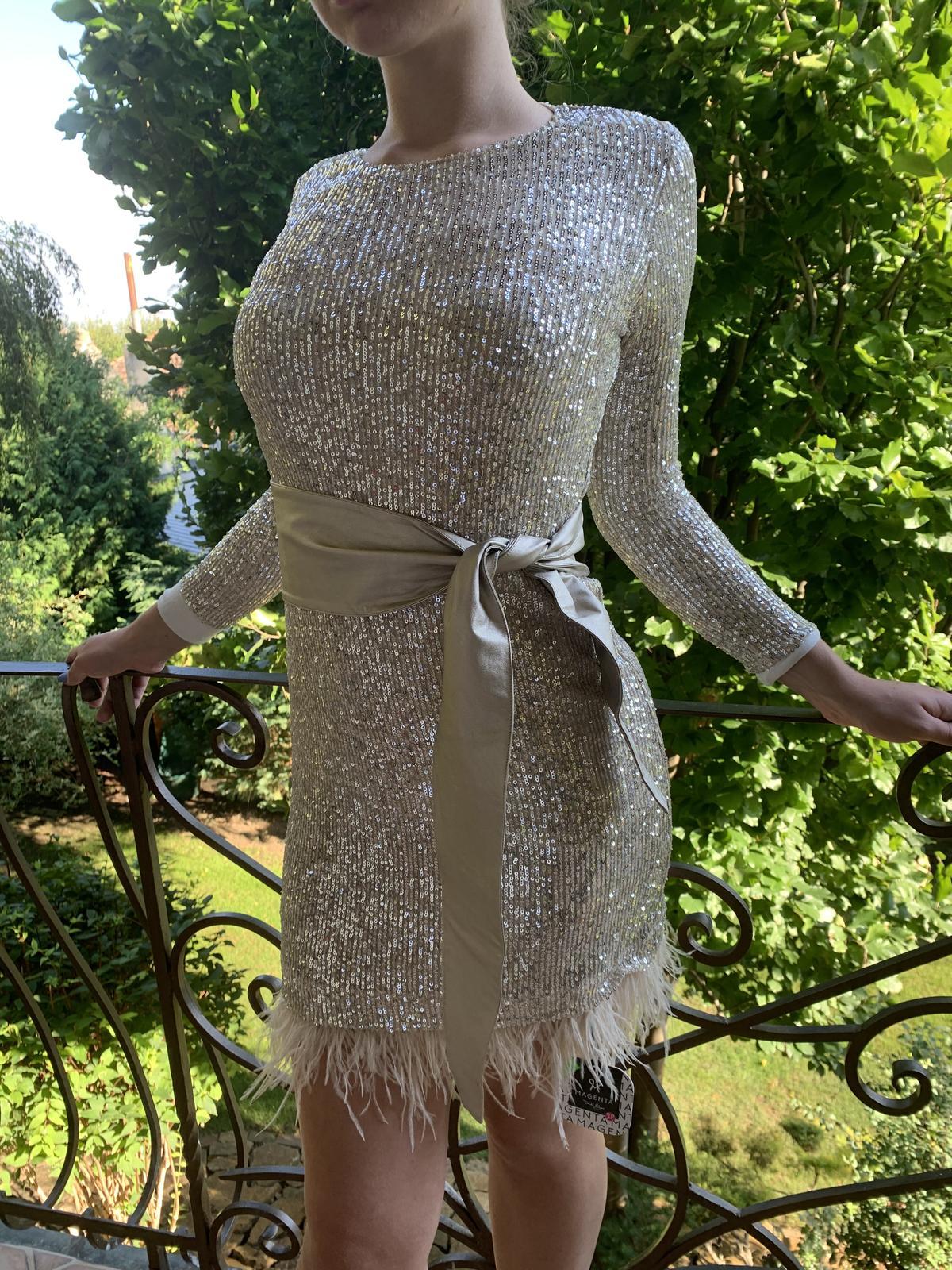 trblietavé šaty - Obrázok č. 2