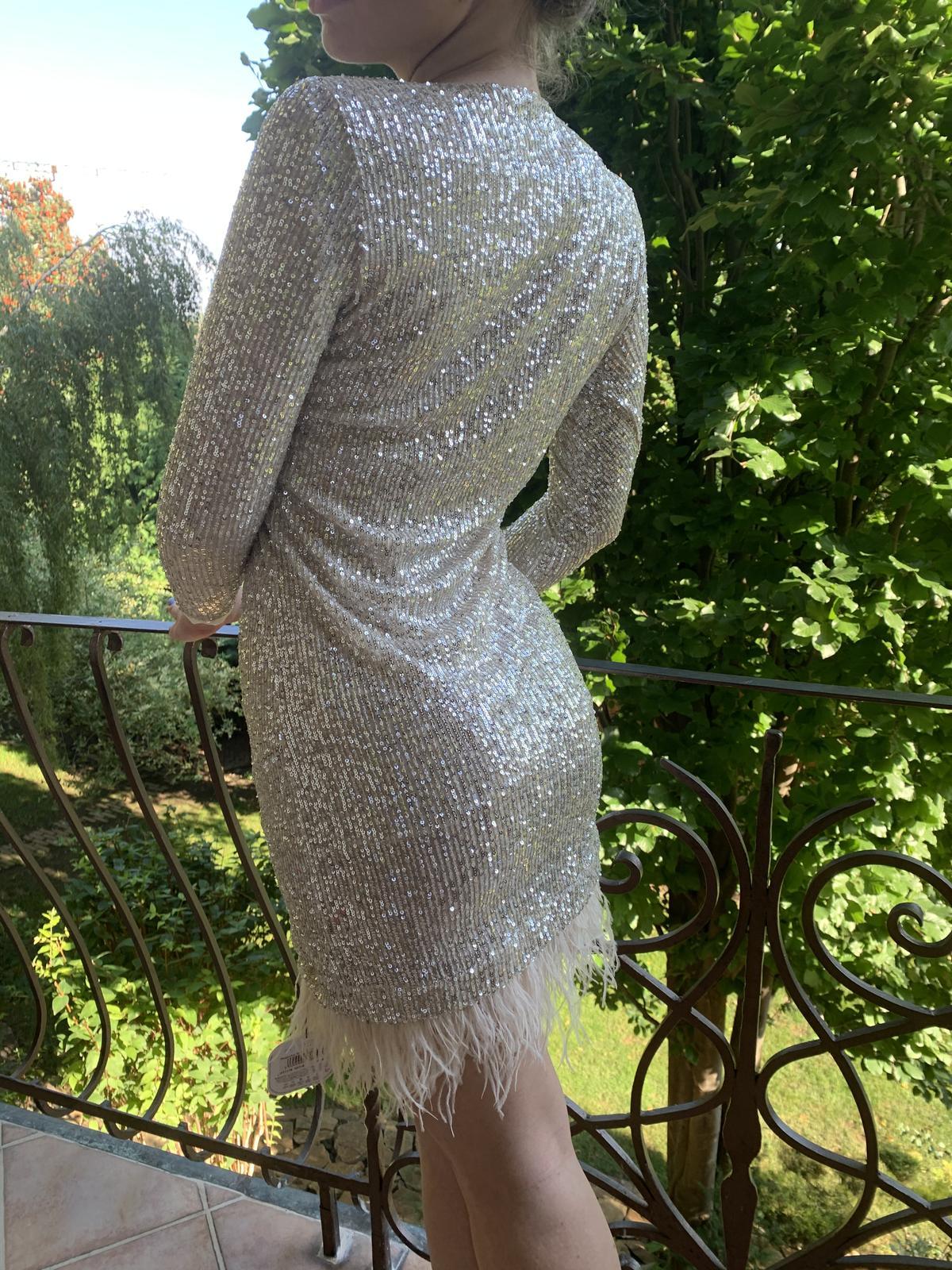 trblietavé šaty - Obrázok č. 4