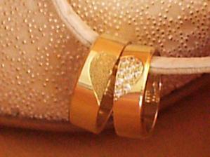 naše krásne prstene :)