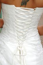 detail snerovani