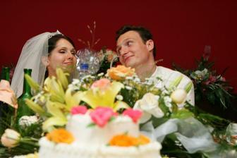 torta ikebana mladomanželia kytica v jednom