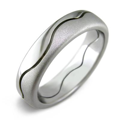 Kraaasne snubne prstene a saty pre inspiraciu - Obrázok č. 22