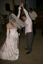 ...a stale tancujeme