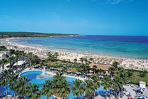 tahle pláž nás v srpnu čeká;)