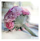 ...ráda bych kombinaci jemné růžové a bílé..