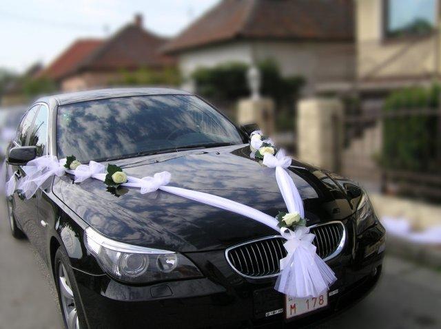 Our wedding day 10.4.2010 - Takú výzdobu na auto