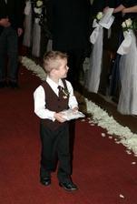 a uz idu prstienky, moj synovec Marcelko