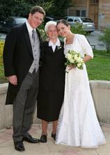 moja 80 rocna babicka - odchadzala posledna zo svadby o pol siestej rano!