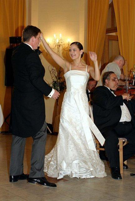 M{{_AND_}}W - prvy tanec, choreografia pan Mrva ;)