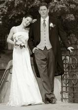 a oficialne fotky od pana Goleja - fotene v utorok po svadbe. Nevieme sa na ne vynadivat - spokojnost na 1000%