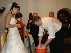 manžel perie plienky