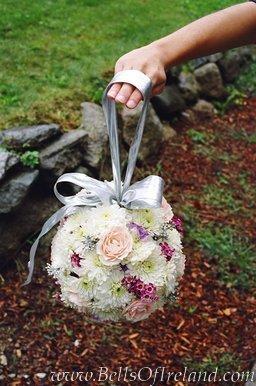 Moja svadba od A po Z - este jeden pohlad ako asi bude ta moja kyticka vyzerat ... a bude mat dole ten strapcek
