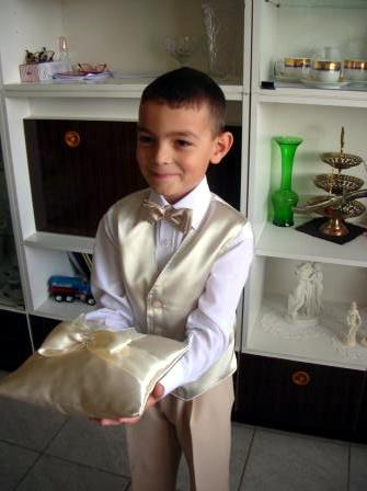 Moja svadba od A po Z - ...moj maly nosic podusky s prstienkami