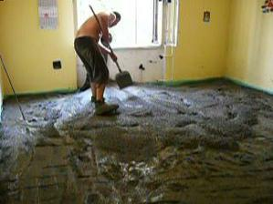 tu sme zalievali podlahové kúrenie