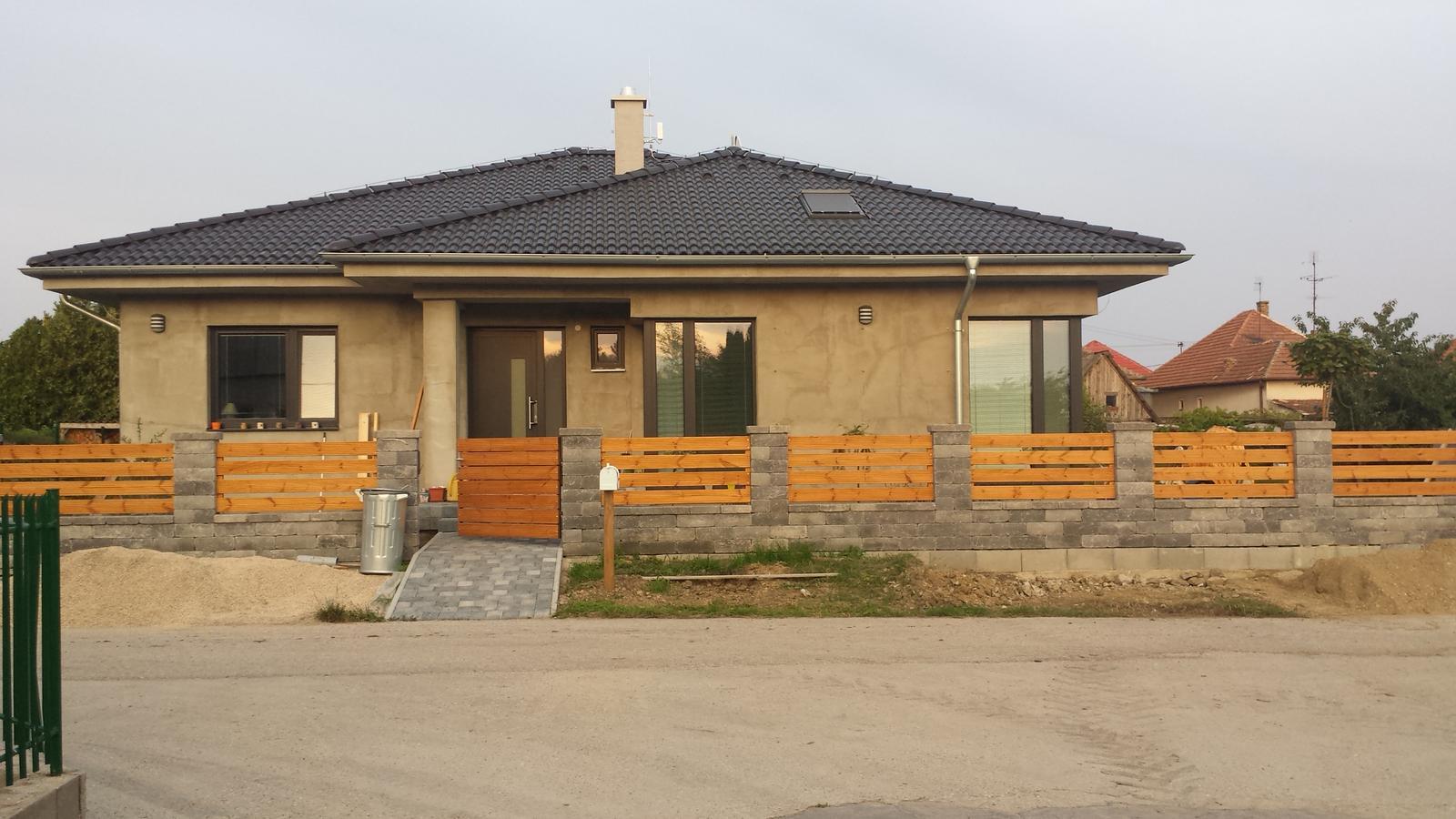 Bungalov 880 - máme plot