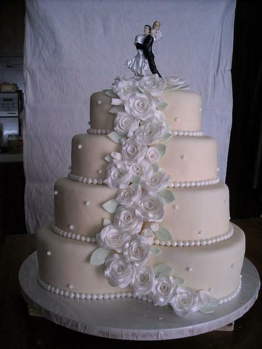 Svadobne torty, zakusky - Obrázok č. 3