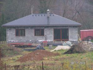 tu bude pokracovat terasa14×8m