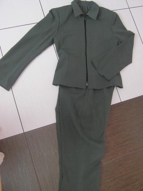 Tmavozelené sako a nohavice veľ. M  - Obrázok č. 1