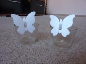 Motýlci,ala jmenovky na skleničky.