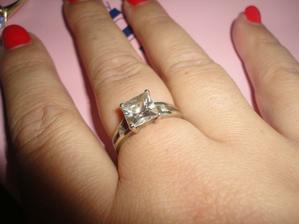môj krásny prvý 5 ročný snubný prstienok