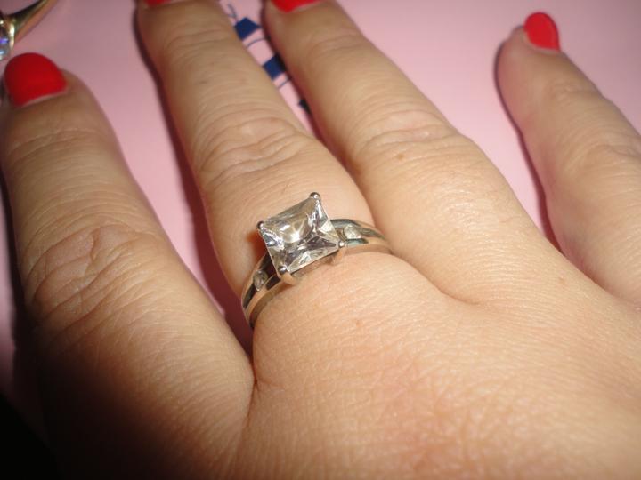 Nas krasny den D - môj krásny prvý 5 ročný snubný prstienok