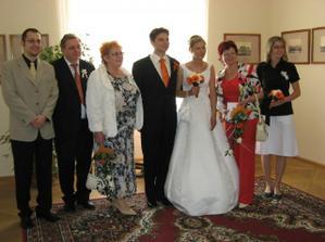 s rodičema a se svědky