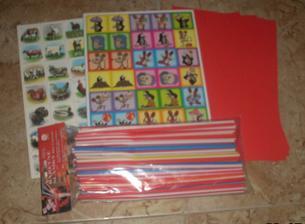 Pexeso pro děti, brčka a červený papír na tvoření :-)