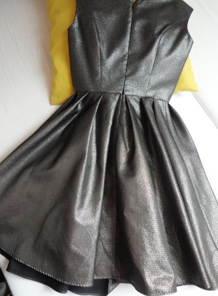 Dámske spoloč. šaty- Made in Italy- vel.34/36 - Obrázok č. 3