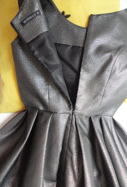 Dámske spoloč. šaty- Made in Italy- vel.34/36 - Obrázok č. 4
