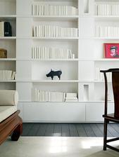 pekna čista knižnica - knižky vobec nerušia