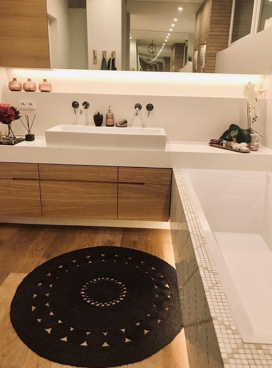 Naše L-ko - 2021 - stále dokončujeme - Hlavná kúpeľňa