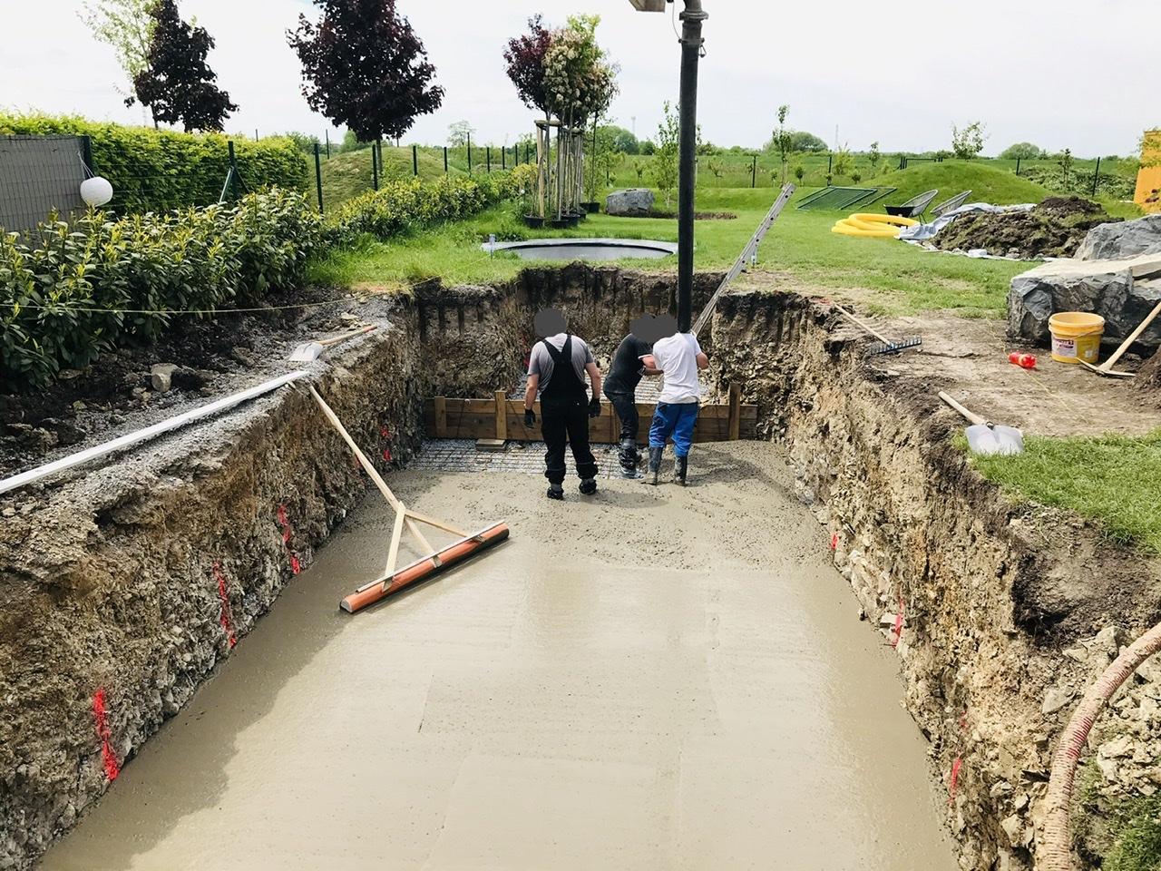 Naše L-ko - 2021 - stále dokončujeme - Deň 5. - betonáž základovovej dosky