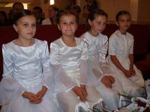 družičky v kostole