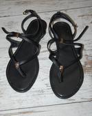 Čierno-zlaté sandále, 39
