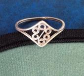 Strieborný prsteň,