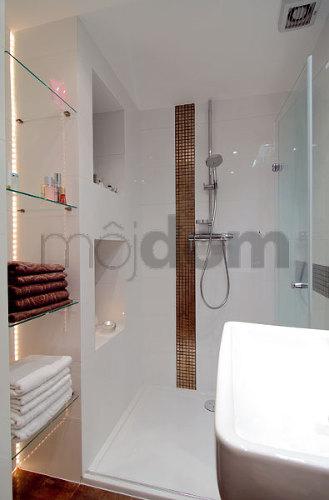 Inšpirácie do kúpeľne - opäť moja obľúbená biela :)