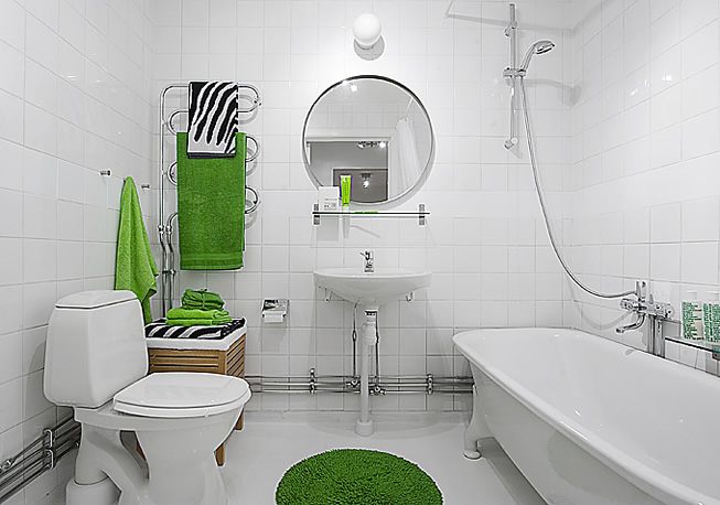 Inšpirácie do kúpeľne - biela + výrazné zelené doplnky, môže byť