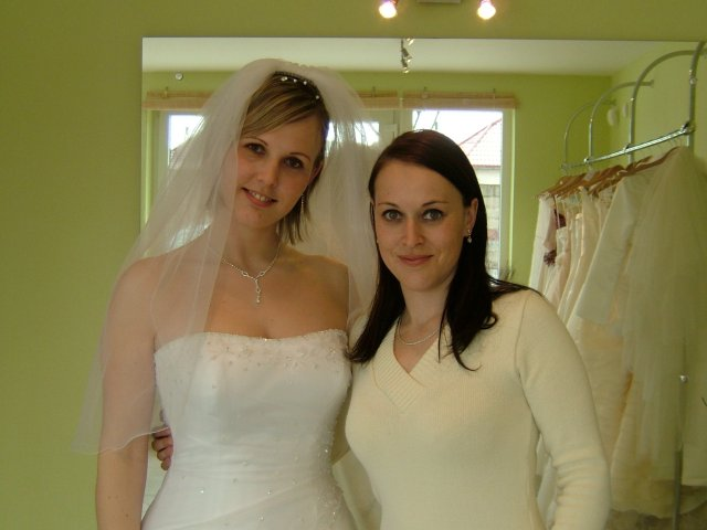 Lubomira & Giles (9.9.2006) - Stale som bola ta vyssia v rodine !!! :-)