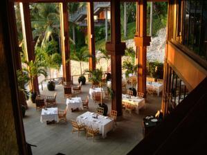 Nas ***** hotel na ostrove Phuket.