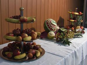 Náš ovocný stôl.Ďakujme nášmu Marekovi