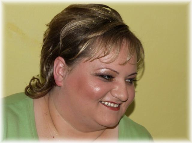 Katarína Fidesová{{_AND_}}Jaroslav Betkov - vyparádená sestra