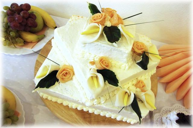 Katarína Fidesová{{_AND_}}Jaroslav Betkov - svadobná torta