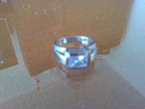 A 25. apríla 2008 som dostala takyto krásny prsten...