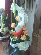 ... a takúto krásnu kyticu k tomu... aj mamina ale samozrejme menšiu...