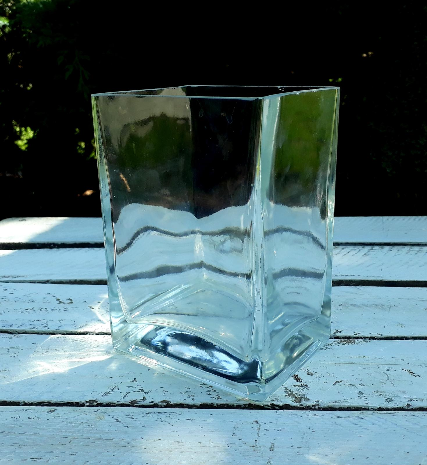 Váza - rezervováno - Obrázek č. 1