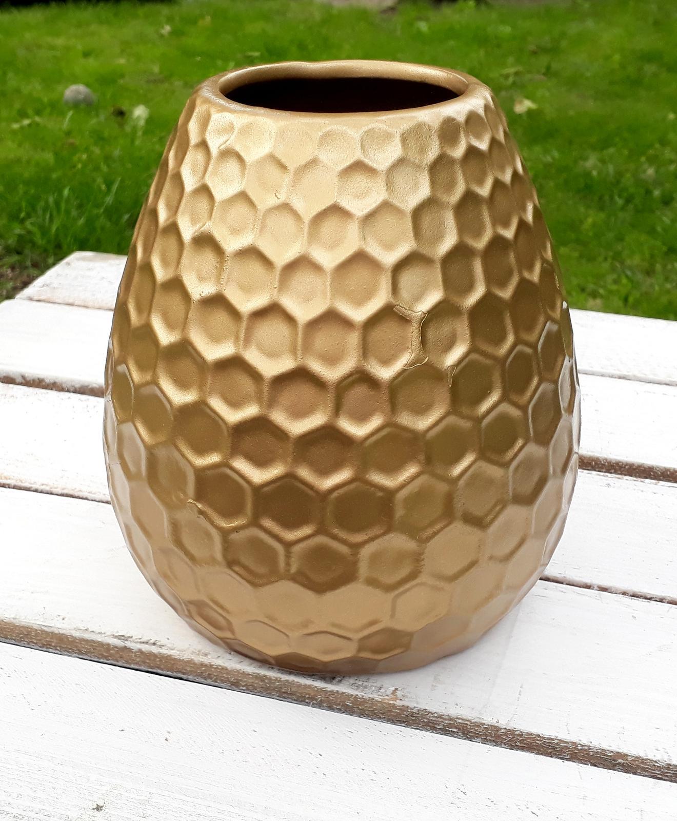 Zlatá váza - rezervováno - Obrázek č. 1