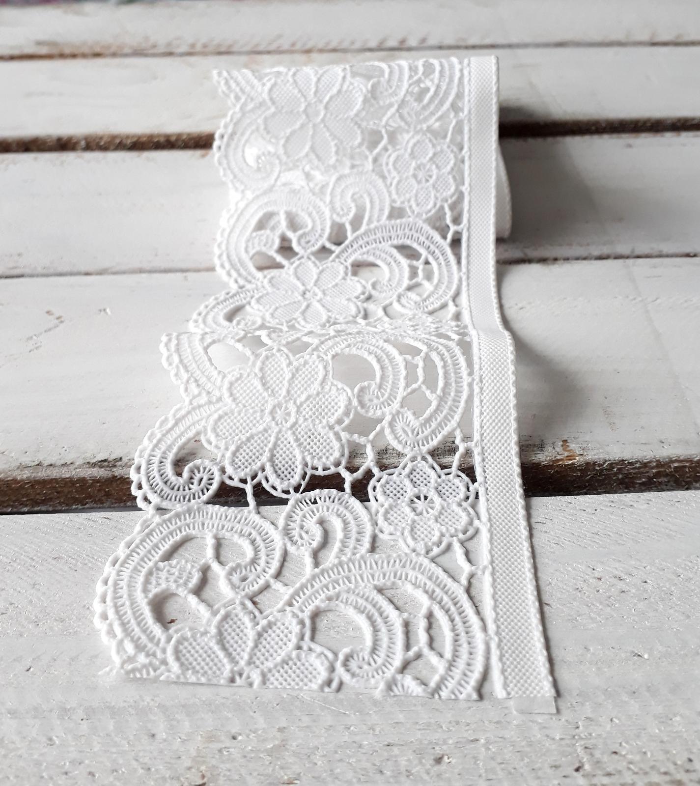 Bílá krajka - Obrázek č. 1