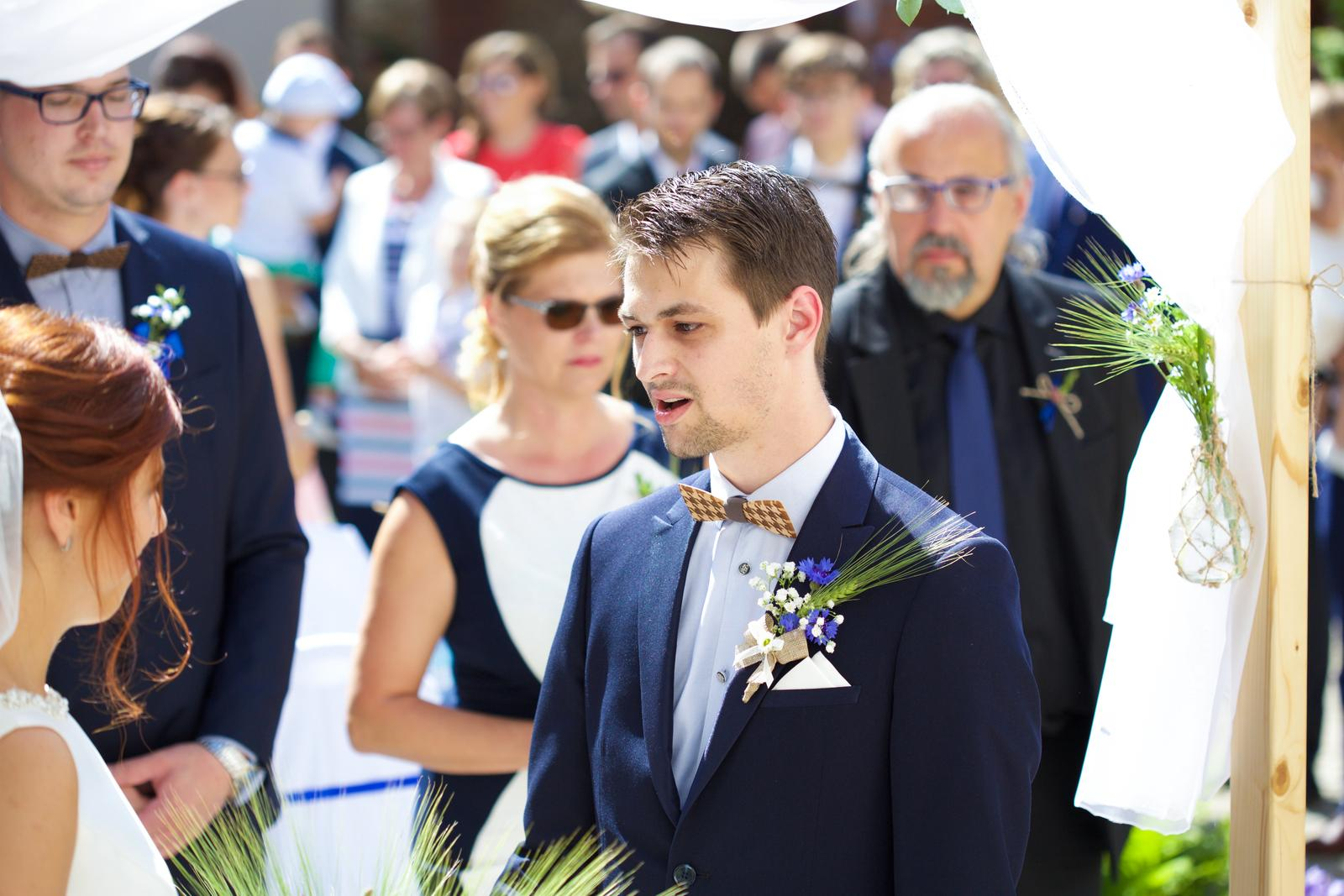 Kristýna Křížová{{_AND_}}Radovan Sobotka - Manžel říká svůj vlastnoručně sepsaný slib. Bylo to nádherné.