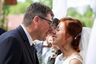 "Tátova gratulace: ,,Já nemám slov dcero.."""