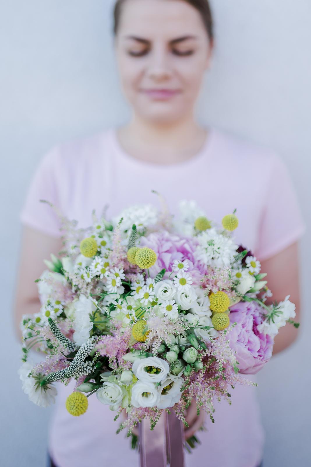 Svadobné kytice - Svadobná kytica - letná